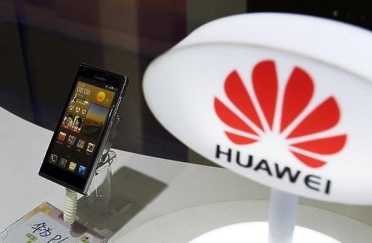 Előre menekül a Huawei