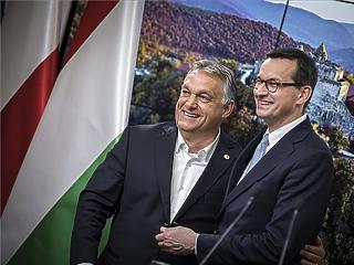 Orbán Viktor: pénzt is szereztünk, nemzeti büszkeséget is védtünk