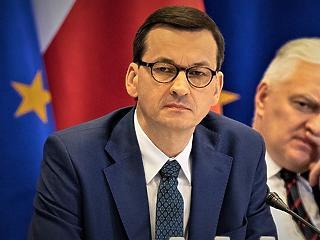 Összeomlott a lengyel kormánykoalíció, miután a miniszterelnök kirúgta az egyik szövetséges párt vezetőjét
