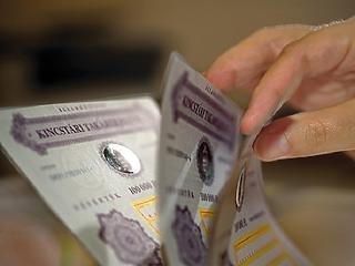 Csikorgó fék a lakossági állampapír-vásárlásnak
