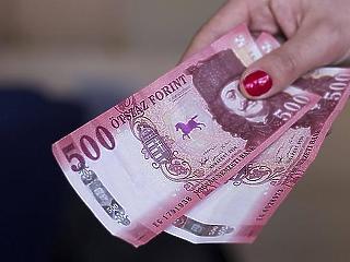 Az átlagkereset 57 százalékát sem éri el az átlagnyugdíj összege
