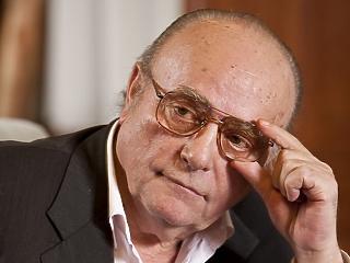 Elhunyt Demján Sándor