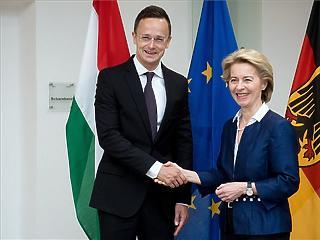 Szijjártó: közép-európai NATO-hadosztály-parancsnokság alakul Németország támogatásával