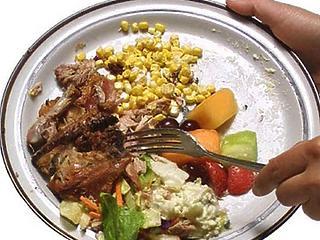 Hétszeresen térül meg, ha az éttermek csökkentik az élelmiszer-hulladékukat