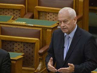 Meghosszabbítaná a kilakoltatási moratóriumot a KDNP
