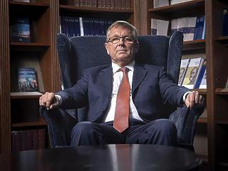 Matolcsy György az euró újragondolásáról írt