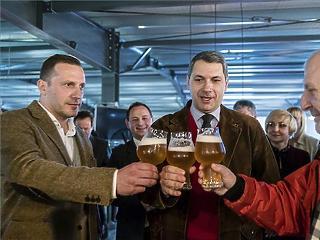 Lassan tényleg átszokunk az olcsó sörről a jóra