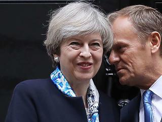 Tusk bejelentette: jön a Brexit-ügyi, rendkívüli EU-csúcs