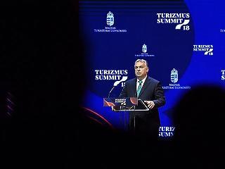 11 ezer milliárd forintot nyert Magyarország az uniós belépéssel