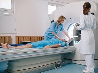 Magánegészségügyi cégek: egyeseknek a pandémia szépen hozott a konyhára