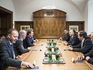 Orbán Viktort meglátogatták az Audi csúcsvezetői