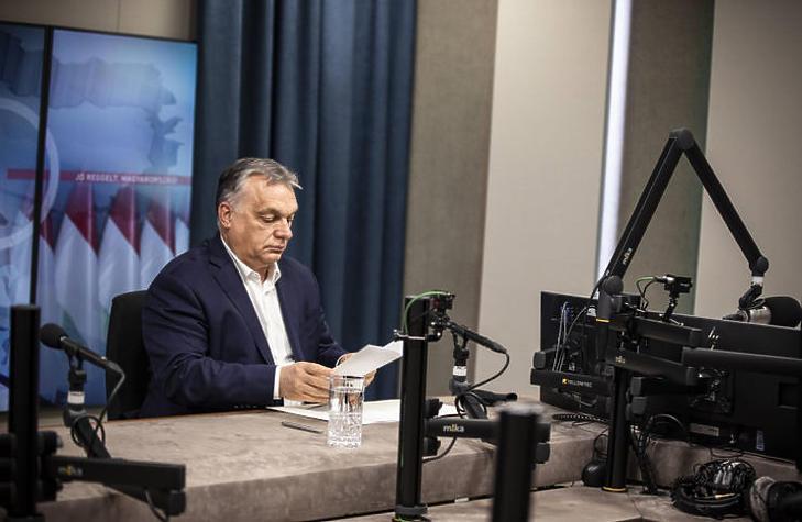 Orbán Viktor kormányfő bejelent