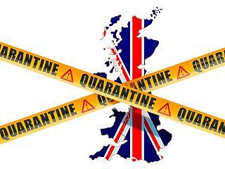 Áll a bál a briteknél - két hét karantén jár mindenkinek, aki beutazik