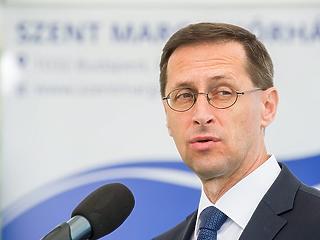 Ma vizsgálja Magyarországot a Standard & Poor's