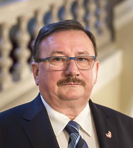 dr. Hochmann András (Pécs)