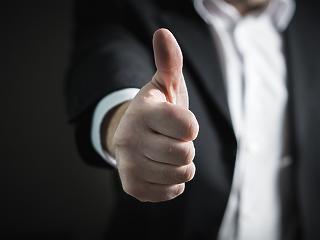 Mondjunk köszönetet a magyarországi cégeknek: miattuk ér többet a fizetésünk