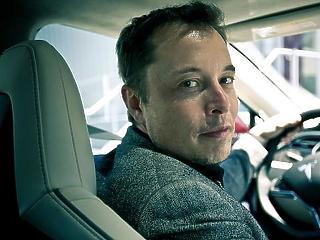 Két év után először termelt nyereséget a Tesla