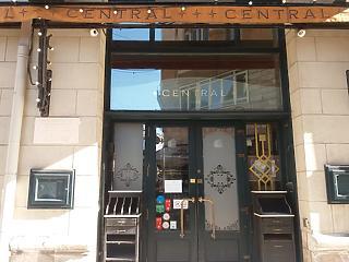 Centrál kávéház, Szabadság bisztró, Kárpátia étterem - hosszú a Covid-vesztesek listája