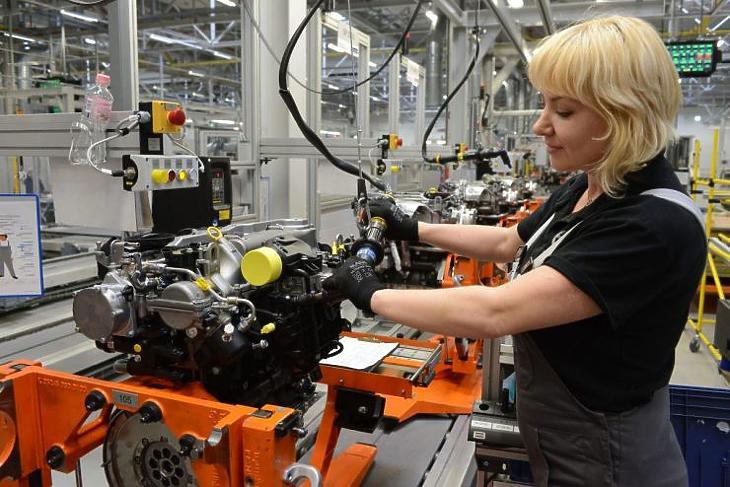 Indul az új motorok gyártása (MTI fotó)