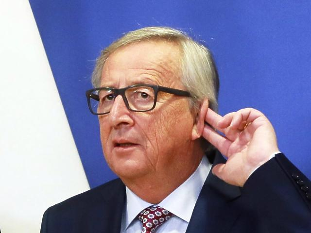 Jean-Claude Juncker bizottsági elnök nem fog hinni a fülének