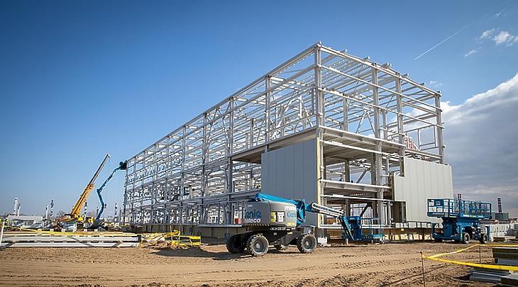Az új reaktor késik, egyelőre csak a kiszolgáló épületek építése zajlik Pakson (fotó: Paks II. Zrt.)