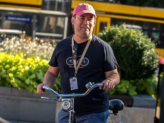 """""""Nem csak a kerékpársávokról döntöttünk a nagykörútnál"""" – mondja Rényi Ádám, a Városháza kommunikációs igazgatója"""