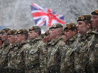 A brit hadsereg elkezdte félrerakni a befőttet a no-deal Brexit esetére