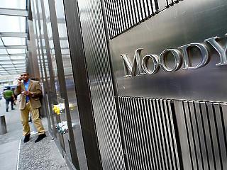 Pénteken vizsgálja a magyar adósosztályzatot a Moody's