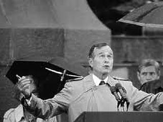 Meghalt idősebb George Bush, aki elsőként járt hivatalban levő amerikai elnökként Magyarországon