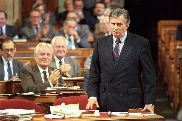 Antall József a parlamentben.