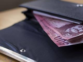 Kereken 150 ezer forint: ennyivel kevesebb a szabolcsi nettó bér a fővárosinál