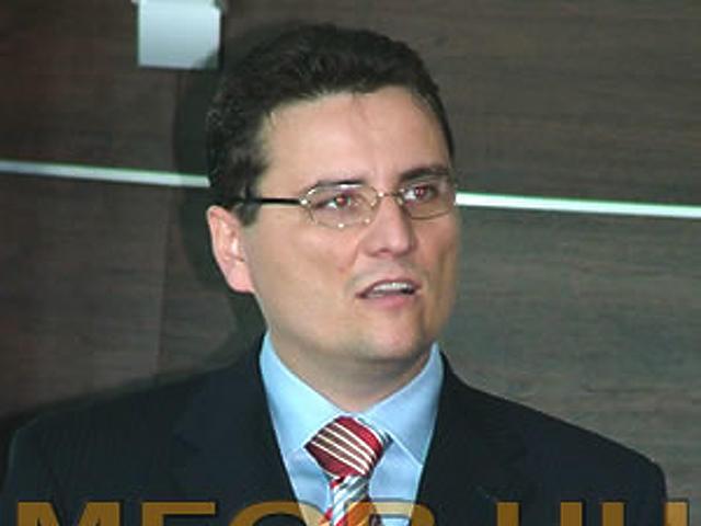 Dr. Tomcsányi Péter