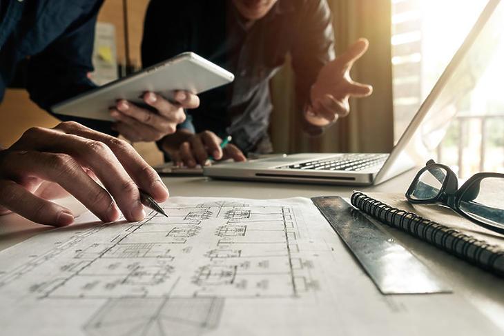 Nehezen jön ki a matek nagyon sok építőipari cégnél (forrás: ujhazcentrum)