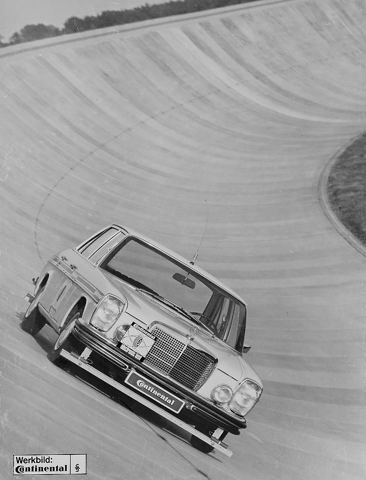 1968-as sofőr nélküli Merci