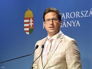 Gulyás Gergely elmagyarázta, miért jó az, ha nem látunk képviselőket a parlamentben