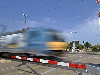 Hétfő éjfélig meghosszabbították az utasellátó-sztrájkot a MÁV-nál