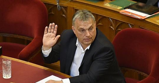 1642ca658362 Orbán szerint ezt nem lehet megoldani: 37 506 forinttal kevesebbet keresnek  a nők - mfor.hu