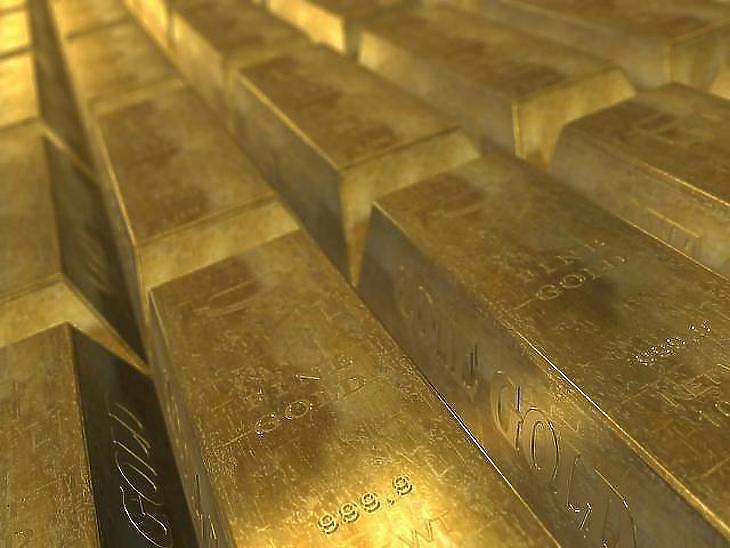 Szépen fénylik az arany a jegybanki trezorokban