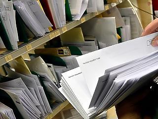 Újít a posta: hamarosan tudni fogod, merre jár a leveled