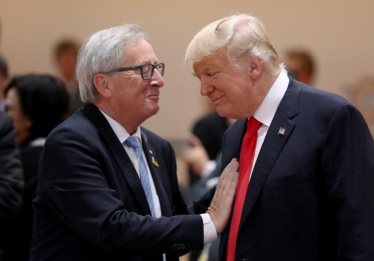 Egy hónapja még nagy volt a barátság az EU és USA között