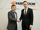 Újabb különleges gazdasági övezetet jelölt ki a kormány, az ellenzéki vezetésű Dunaújváros milliárdokat bukik miatta