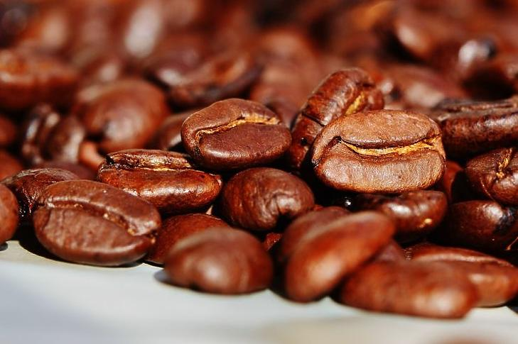 Az olaszok nem csak pörkölnék a kávét (Fotó: pixabay.com)