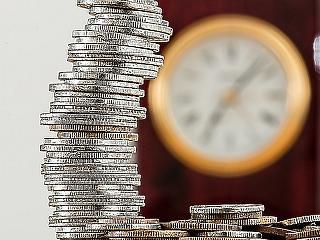 Eltörlik a tranzakciós illetéket és/vagy az ingyenes készpénzhasználatot?