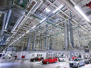 Újabb óriási alaptőke-leszállításról döntött a győri Audi