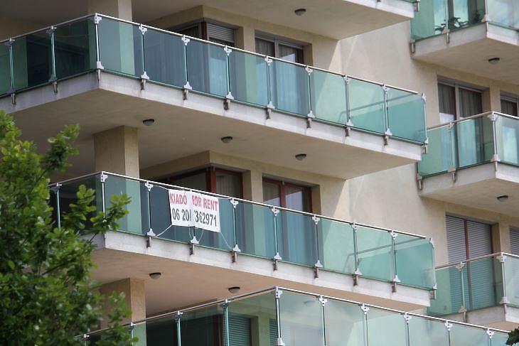 Egyes prémium lokációkban még nem zuhantak, inkább stagnálnak a lakásbérleti díjak (fotó: Mester Nándor)