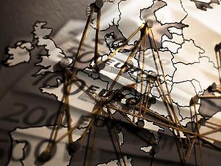 Bekeményít Brüsszel: így harcolnak a pénzmosás ellen