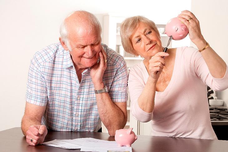 Sokan eladott lakásuk-házuk árából fizetik az egyszeri belépési díjat (fotó: pixabay.com)