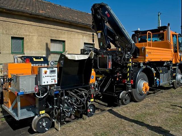 Óriási, kétéltű gépszörnyeket vett a MÁV