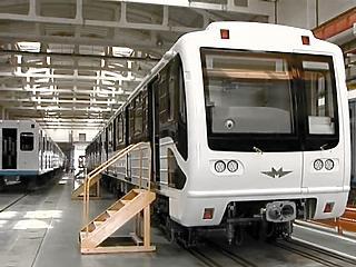 Nem unja meg: megint kiállt a forgalomból egy új orosz metró, megint ajtóhiba miatt