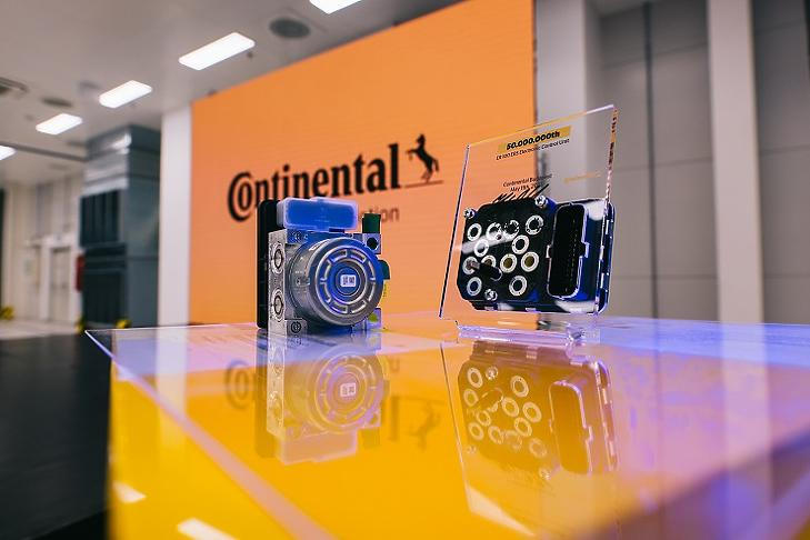 Ötvenmillió fékvezérlő elektronik a Continental budapesti gyárából